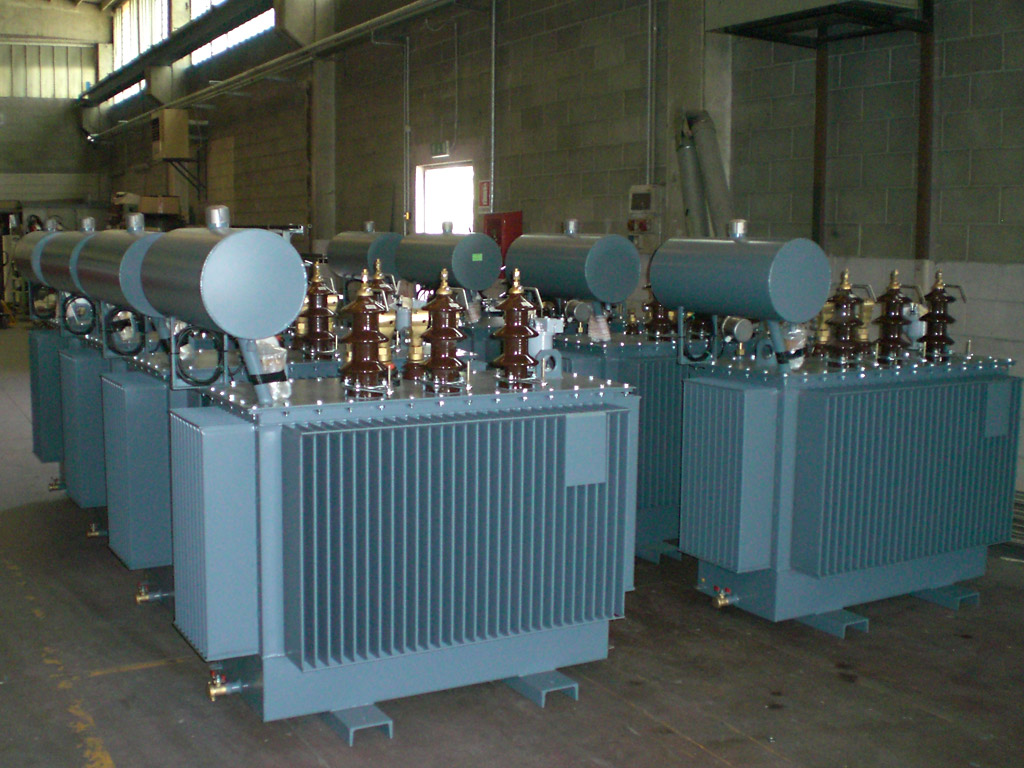 Oil immersed distribution transformers | Distribution
